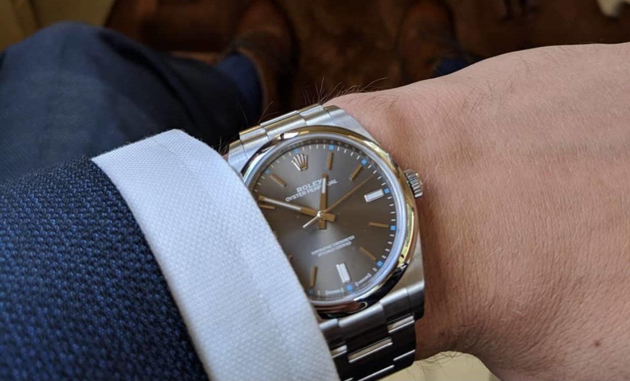 porter montre de luxe